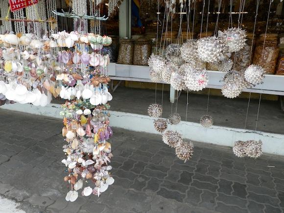 Decoraciones con conchas en Ban Phe