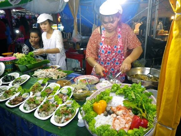 Festival en Ban Phe