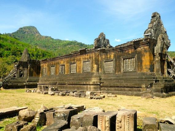 En la zona media de Wat Phou es donde se conservan las mayores edificaciones