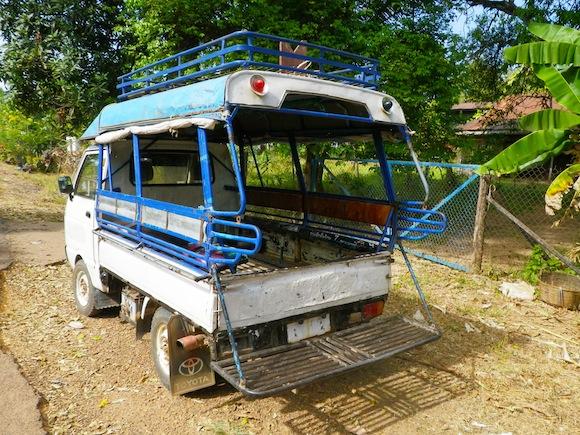 Cruzando la frontera de Laos