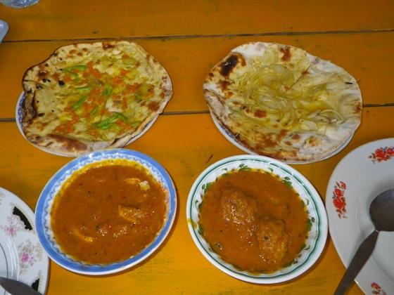 Cena en el restaurante indio Yasmin