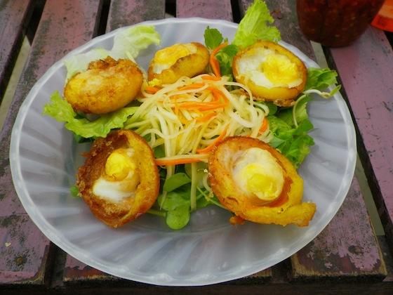 Banh Can Trung: Huevos al estilo hoiano