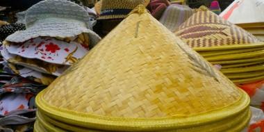 Sombrero vietnamita en Hoi An