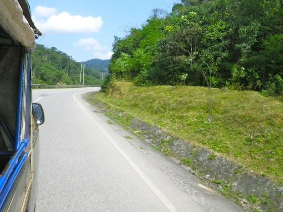 En tuktuk hasta la frontera con Vietnam