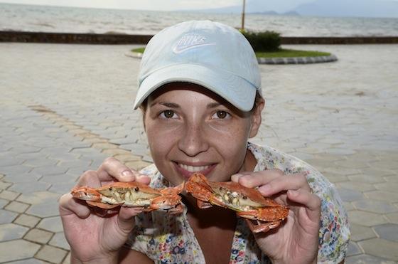 Comiendo un kilo de cangrejos