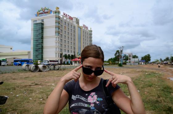 Ilze planteándose el asalto al casino