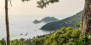 La costa de Koh Tao desde lo alto, Tailandia