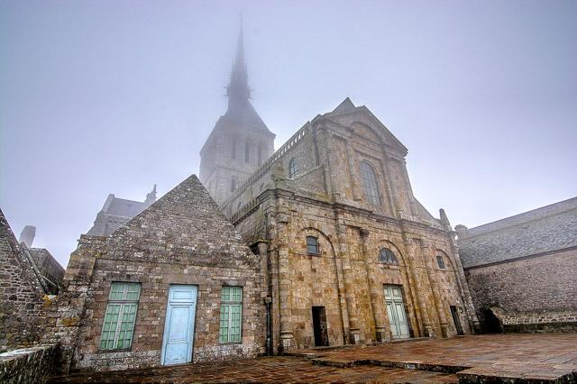La bruma en la abadía del Monte Saint-Michel
