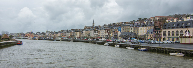 Trouville desde el puente que la une con Deauville