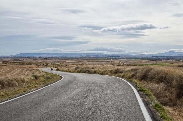 El desierto aragonés en bici