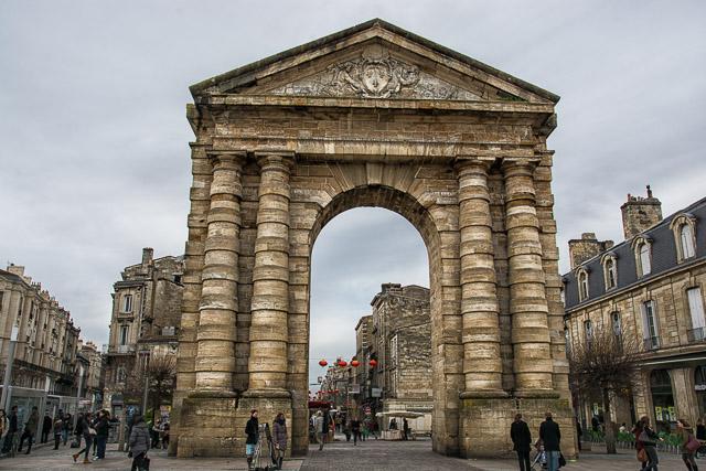 Puerta de Burdeos