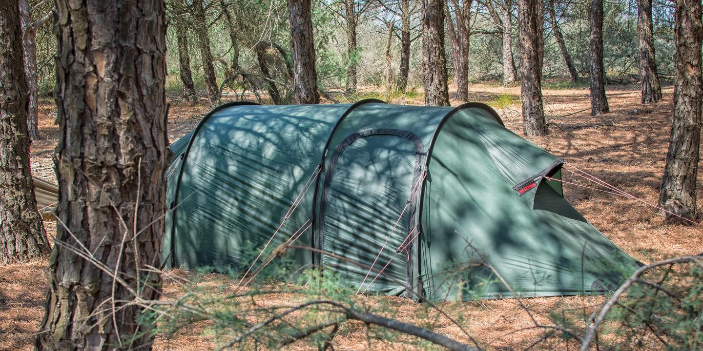 Acampada libre en el Mediterráneo francés