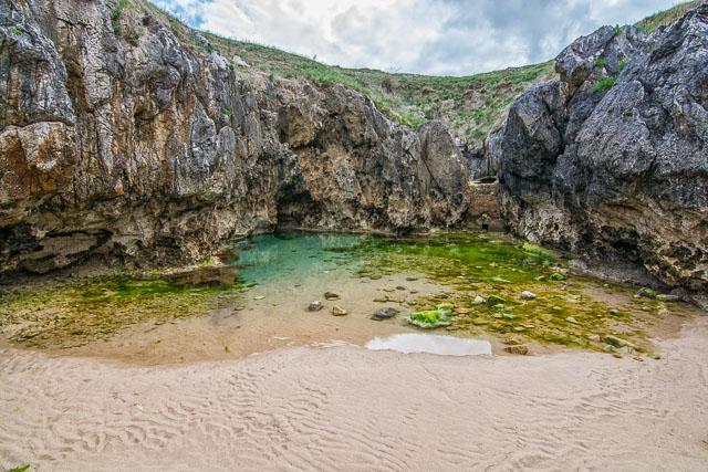 Playa del Cobijeru, Asturias