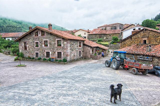 Pueblo de montaña en Cantabria