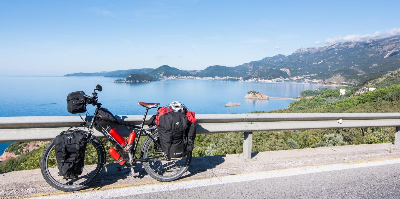 La costa de Montenegro en bicicleta