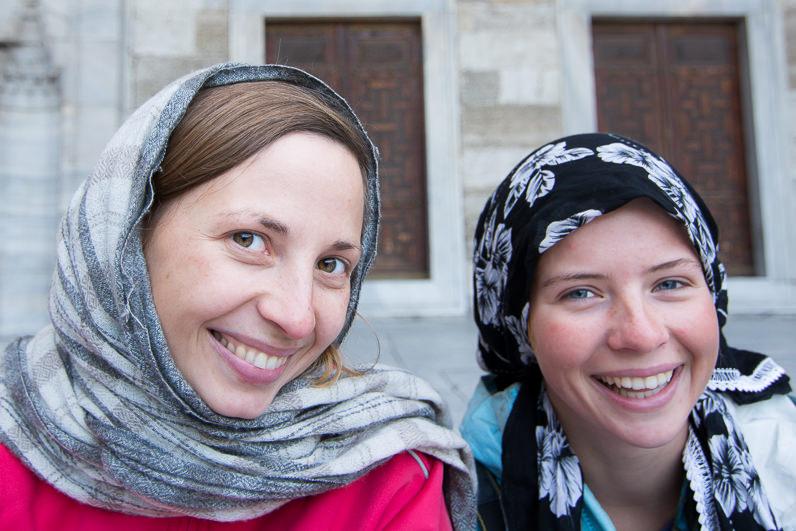 Shirine e Ilze, chicas viajeras en bicicleta