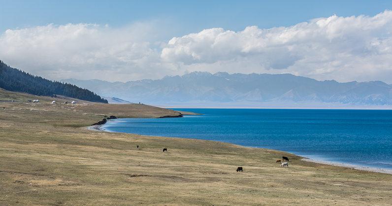 Lago en Xinjiang