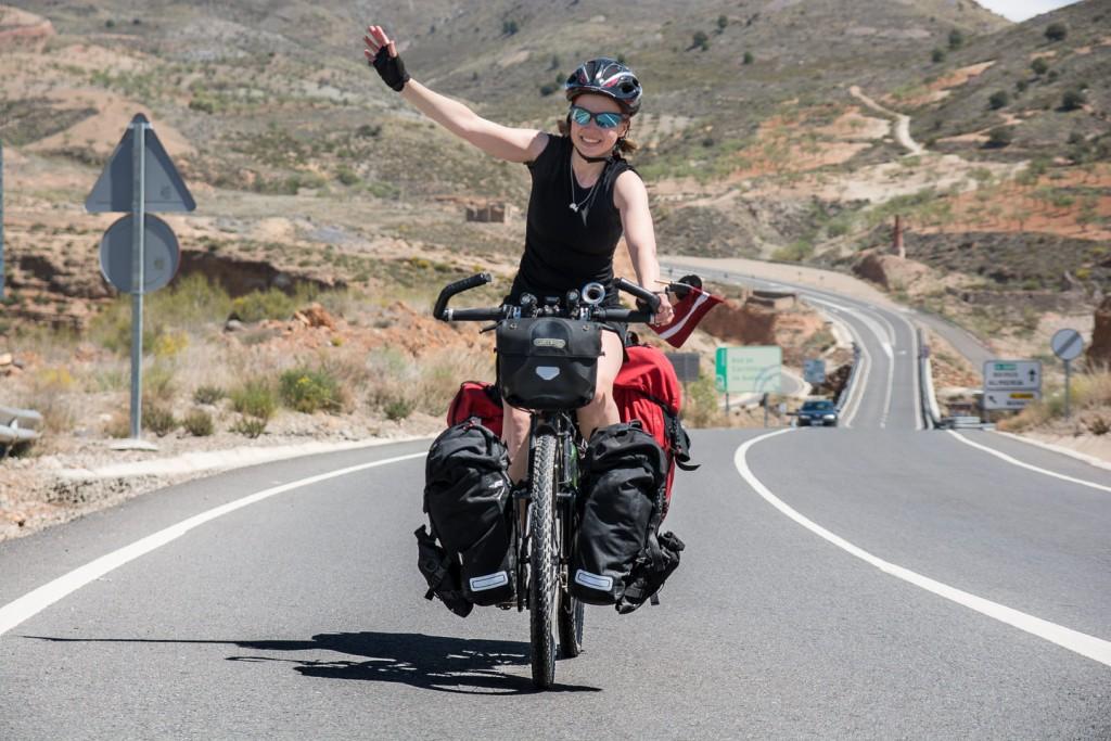 Ilze, viajera en bicicleta dando la vuelta al mundo