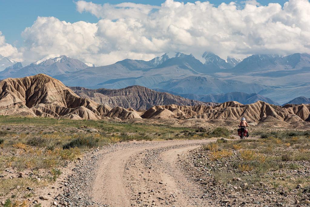Cicloturismo en Kirguistán