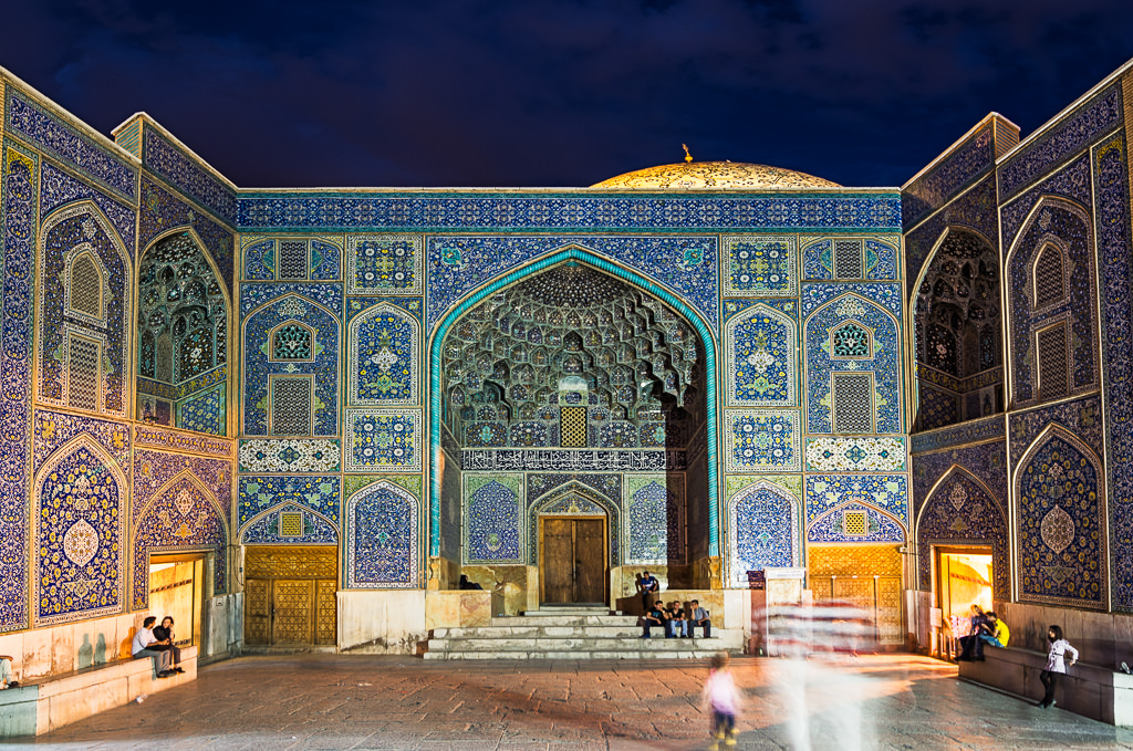 Mezquita en Isfahán por la noche